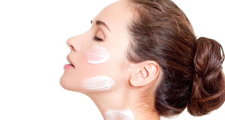 Recette de gommage visage au yaourt à faire soi-même