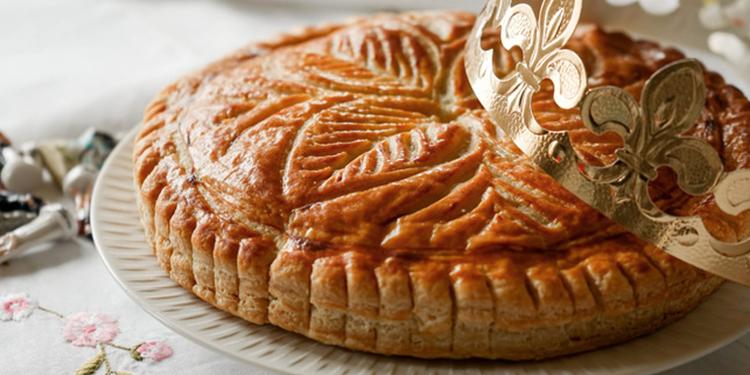 Galette des rois à la crème d'amande et pommes