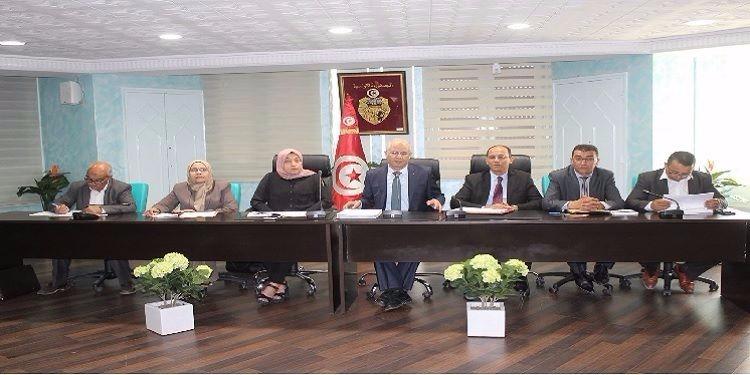 تطاوين: جلسة جديدة لمتابعة تنفيذ القرارات الحكومية لفائدة الجهة