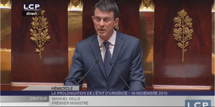 فرنسا تناقش تمديد حالة الطوارئ