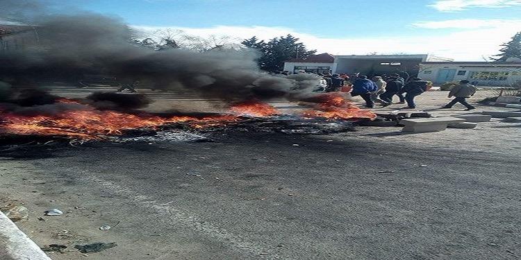 ساقية سيدي يوسف: إحتقان كبير وسط المدينة وحرق العجلات المطاطية (صور)