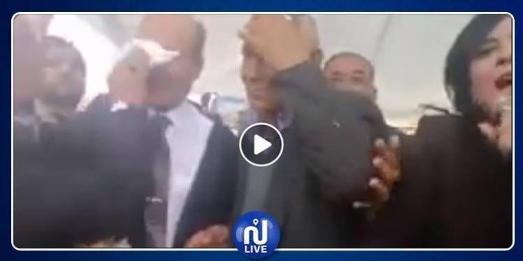 بعد رشق أنصاره بالحجارة.. النهضة تندد بما تعرض له الحزب الدستوري