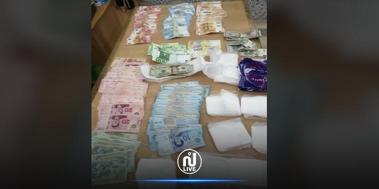 نابل: القبض على أجنبية أخفت مبلغا ماليّا هامّا داخل حفّاظات نسائيّة