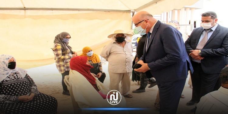 وزير الصحة يزور مراكز التلقيح بكلّ من المتلوّي وڤفصة