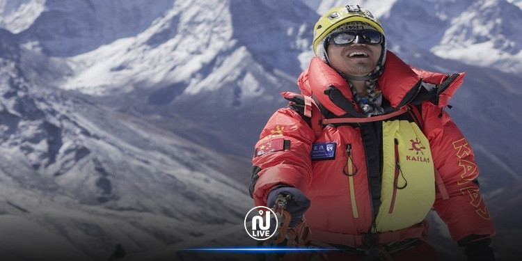أوّل ضرير في آسيا يتسلّق جبل إيفرست