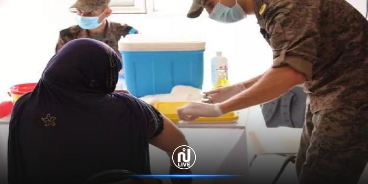 القيروان: الصحة العسكرية تنطلق في تلقيح المواطنين