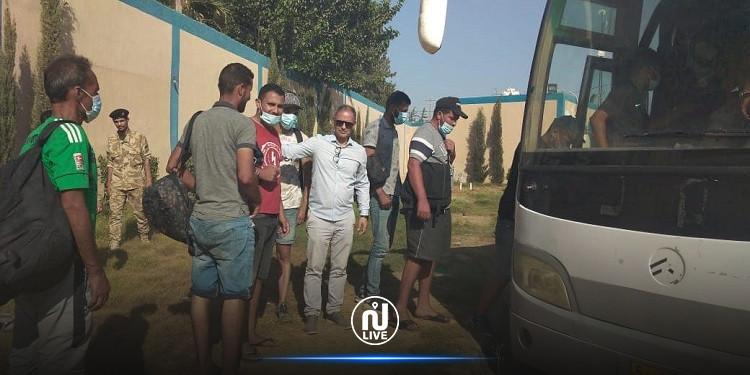 ليبيا ترحّل 27 مهاجرا تونسيّا
