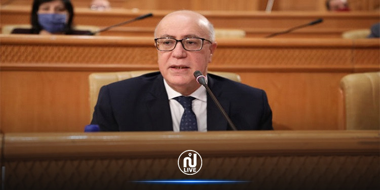 مروان العباسي: البنك المركزي ووزارتا المالية والاقتصاد يعملون على وضع خطة لتحقيق استقرار الاقتصاد الكلي
