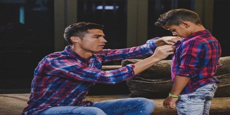 كريستيانو رونالدو يطلق شركة ملابس جديدة لابنه جونيور