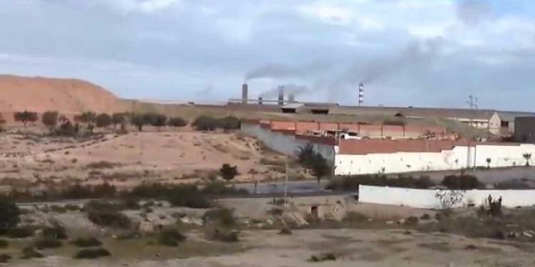 وزارة البيئة لاتمتلك سلطة إغلاق مصنع الآجر بالقلعة الصغرى