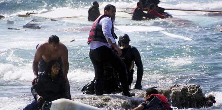 البحر يلفظ 40 جثة لمهاجرين قبالة السواحل الليبية