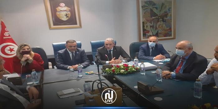 وزير السياحة يلتقي أعضاء المكتب التنفيذي للجامعة التونسية لوكالات الأسفار