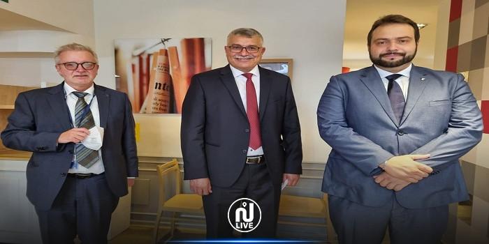 فتحي العيادي يلتقي ممثلين عن البرلمان الأوروبي