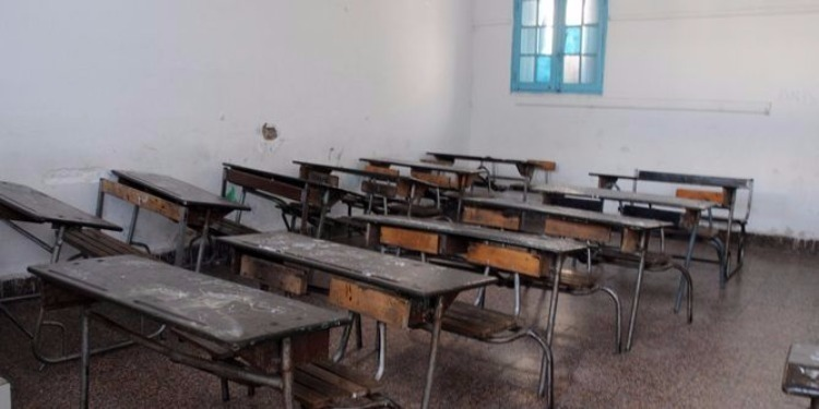 المزونة: تعطل الدروس بالمدرسة الإبتدائية أولاد عمر
