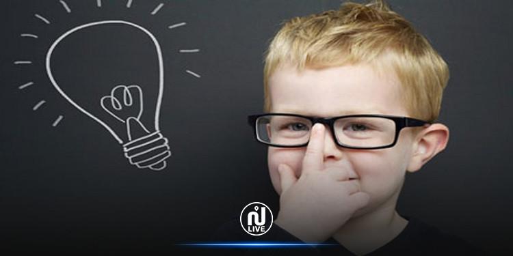 طفل معجزة.. معدل ذكائه يضاهي أينشتاين(صور)