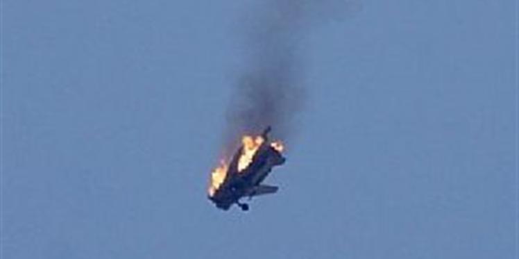 الطائرات التركية تسقط طائرة سوخوي-24 وروسيا تنفي دخولها في المجال الجوي التركي