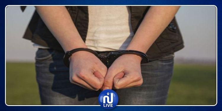صفاقس: القبض على فتاة نفذت''براكاجات'' للمارة