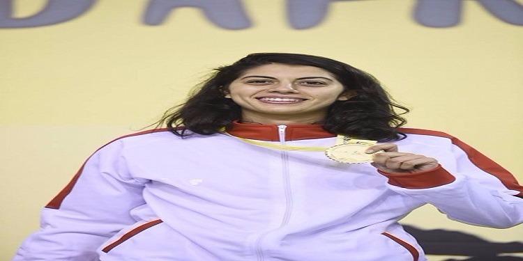 عزة بسباس تتوّج بذهبية البطولة الافريقية للمبارزة (صور)