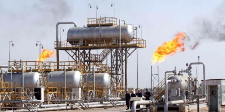 النفط يرتفع وسط مخاوف من زيادة الإنتاج