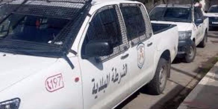 أريانة: حملة لإزالة العلامات الاشهارية العشوائية