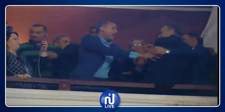 البرلمان: فوضى عارمة بالجلسة العامة والشاهد يضطر للمغادرة (فيديو)
