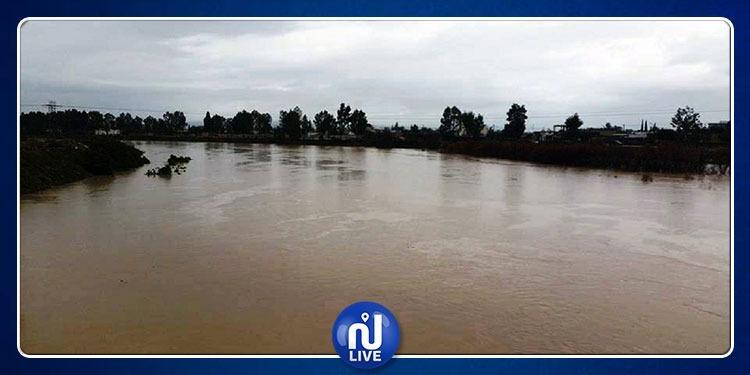 القصرين: إيواء 217 تلميذا بمعاهدهم إثر فيضان وادي البرك