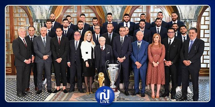 Le Président de la République rend hommage à l'ES Sahel