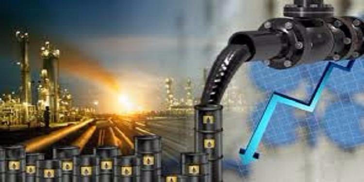 بعد اتفاق السعودية وروسيا على تمديد خفض الإنتاج - النفط يقفز 2 %