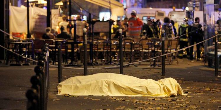 هجمات باريس... الأكبر والأعنف دموية: 120 قتيلا و200 مصابا