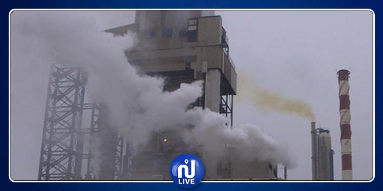 قابس: مطالب بوقف عمليات شحن ونقل الفحم البترولي من ميناء الجهة