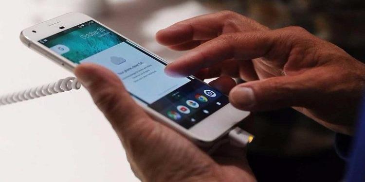 هل سيكون هاتف غوغل أكثر إثارة من آيفون X؟
