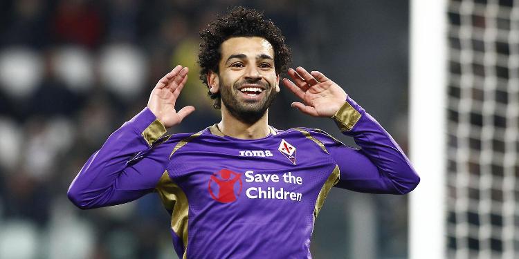 النجم المصري محمد صلاح في طريقه للتعاقد مع نادي روما الإيطالي