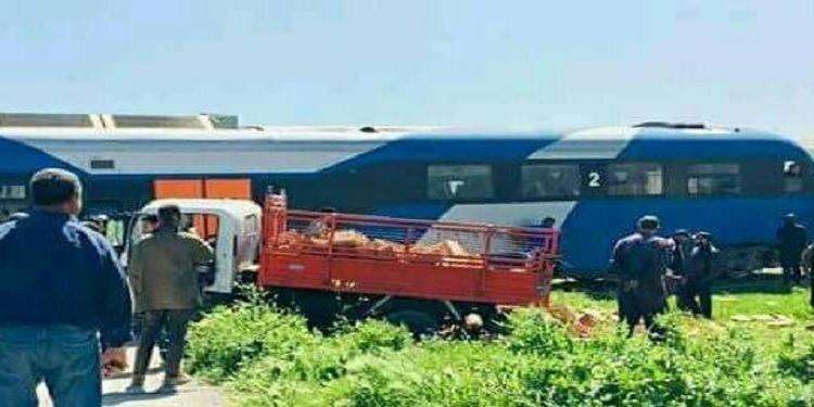Une collision entre le train reliant Ghardimaou à Tunis et un camion