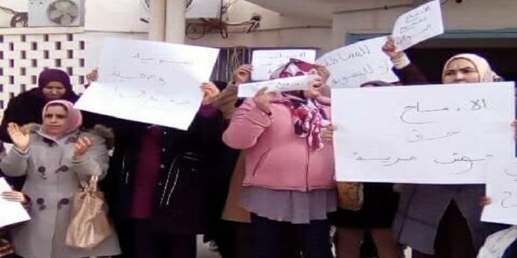 قابس:  وقفة إحتجاجية للأساتذة النواب