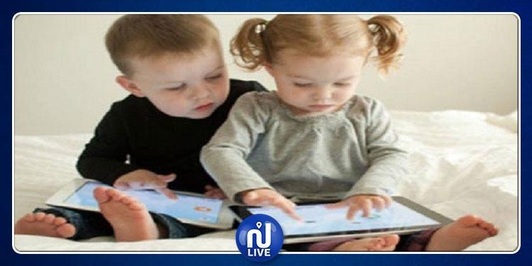 منظمة الصحة العالمية تحذر من استعمال الرضع للشاشات الرقمية