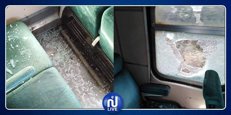 النفيضة: إصابة مسافريْن إثر رشق قطار بالحجارة (صور)