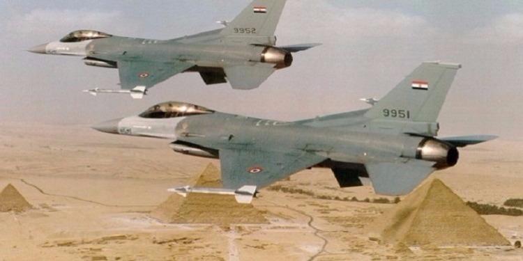 لليوم الثاني : الجوية المصرية تقصف مواقعا للإرهابيين في ليبيا