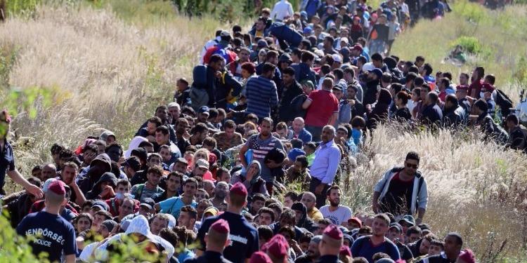 بداية حل لأزمة الاجئين السوريين