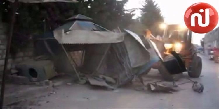 الكاف : تنفيذ 11 قرار هدم بنايات واكشاك فوضوية فجر اليوم (فيديو)