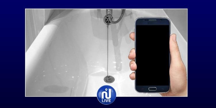 France: Une ado sur son GSM meurt électrocutée dans son bain