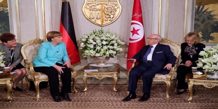 الملف الليبي على طاولة الباجي قائد السبسي وأنغيلا ميركل لإيجاد الحلول