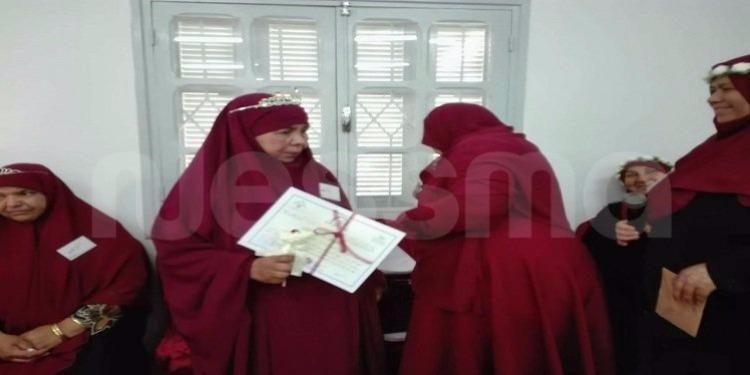 جندوبة : خمسينية تفوز في مسابقة حفظ القرآن (صور)