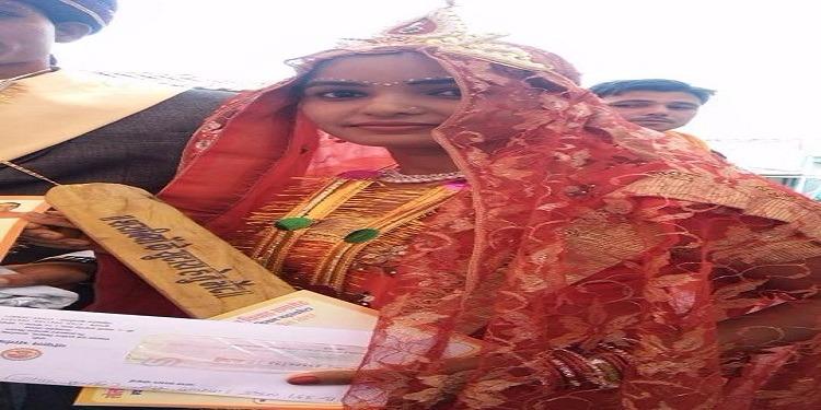 الهند: توزيع مئات المضارب الخشبية للعروسات الجدد لتأديب الأزواج