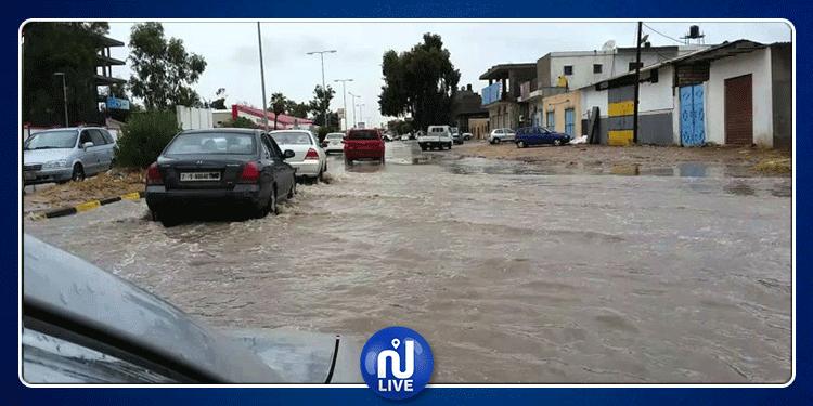 ليبيا: انقطاع الكهرباء وتعطل الدراسة بسبب الفيضانات (صور)