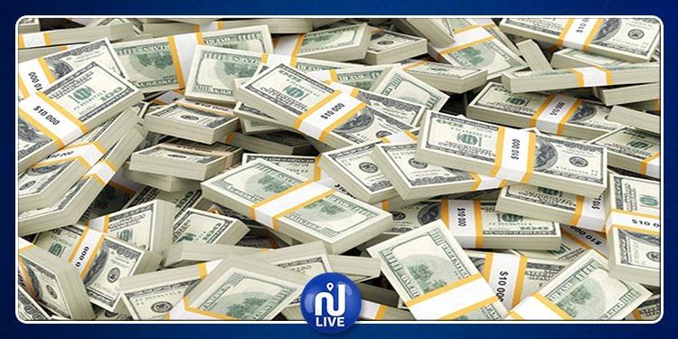 أغنى رجل في القارة السمراء يسحب 10 ملايين دولار للنظر إليها فقط !