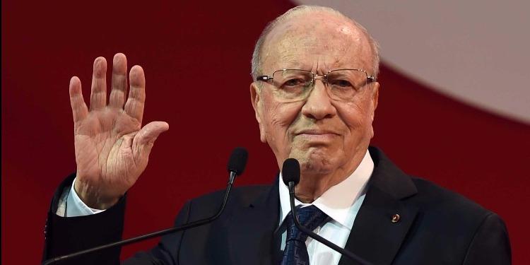 أربع هيئات مستقلة ترد على رئيس الجمهورية