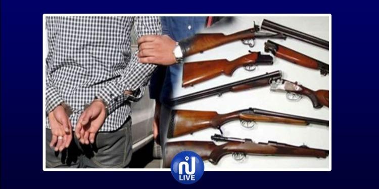 حفوز: حجز 3 بنادق صيد دون رخصة وإيقاف 5 أشخاص مفتش عنهم