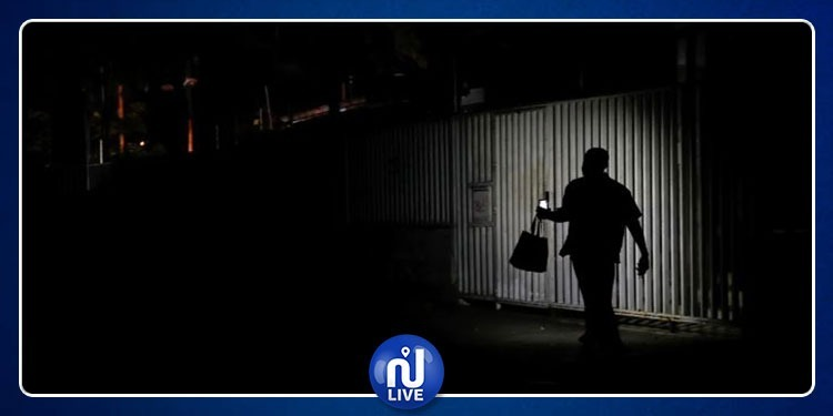 مدن كندية تغرق في الظلام!