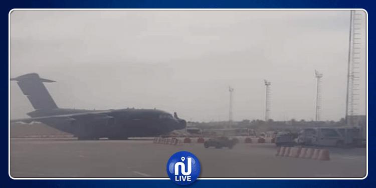 طائرة عسكرية قطرية بمطار جربة لدعم 'ميليشيات' ليبية: الديوانة توضح