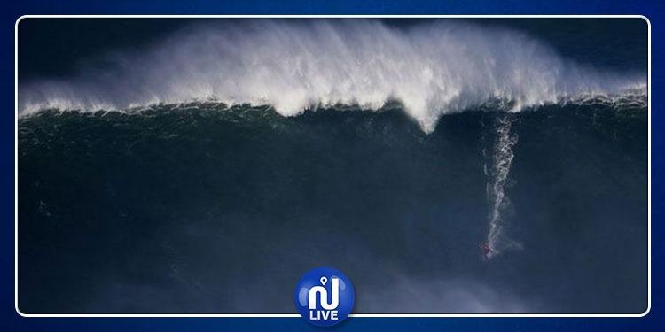 Vidéo du plus grand tsunami de tous les temps…